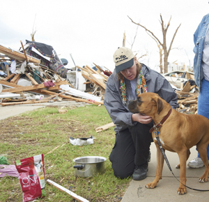 Veterinarian at Joplin tornado